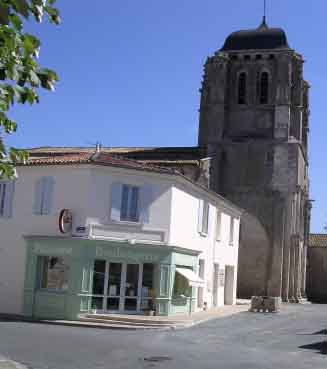 Eglise de Corme Royal